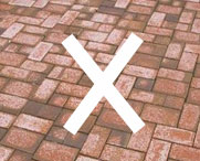 Hycrete M1000 significantly reduces absorption into concrete blocks and pavers, reducing the likelihood of efflorescence and staining.